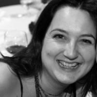 Eve Hayes de Kalaf headshot