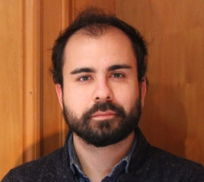 Mauricio Onetto headshot